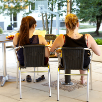 Chillaxing at the terrace of your cafeteria at T1 Campus Cottbus.